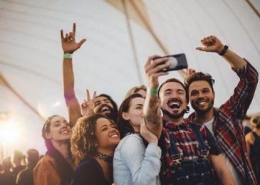 Chia sẻ 10 cách tự giới thiệu bản thân bằng tiếng Anh