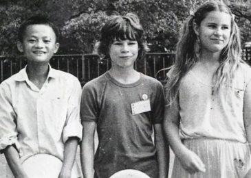 Nói về thành công của mình, Jack Ma chia sẻ: nó đơn giản bắt đầu từ việc học tiếng Anh.